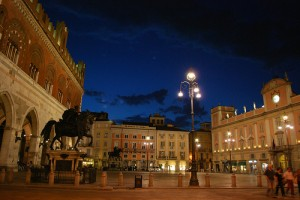 Piazza Cavalli Notte Blu