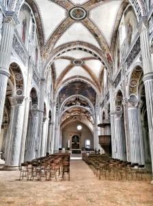 Bobbio- Chiesa di San Colombano navata centrale