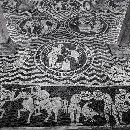 Mosaici della Chiesa di San Savino a Piacenza, guida turistica