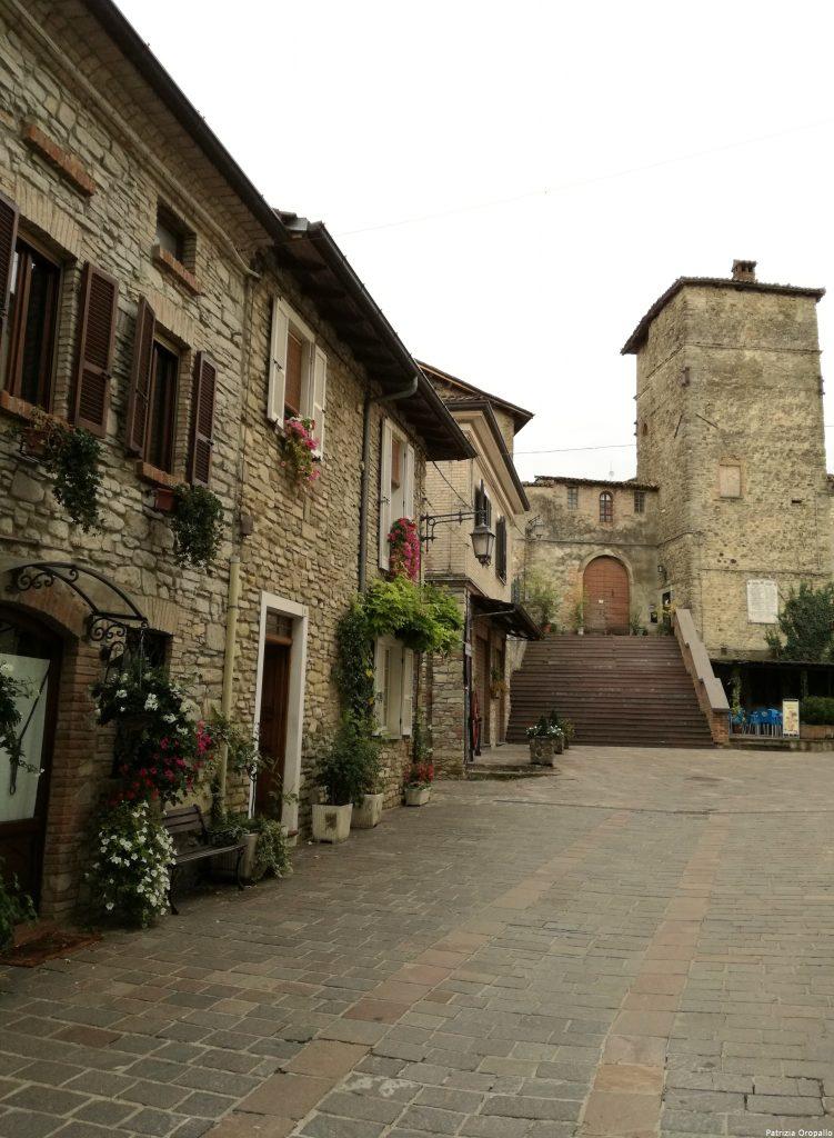 UN BORGO ANTICO IN VAL TIDONE, VISITIAMO LA CORTE DE NEBIANO… – Atlante guide turistiche, visite guidate a Piacenza, Grazzano Visconti